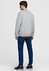Jack & Jones - Sweatshirt - light grey melange - 2