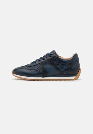 Sneakersy niskie - blu