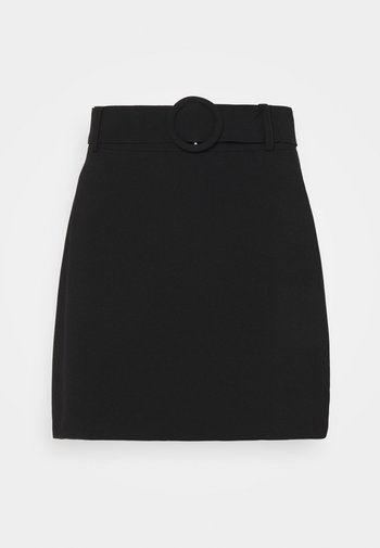 ANABELLE BELTED MINI SKIRT