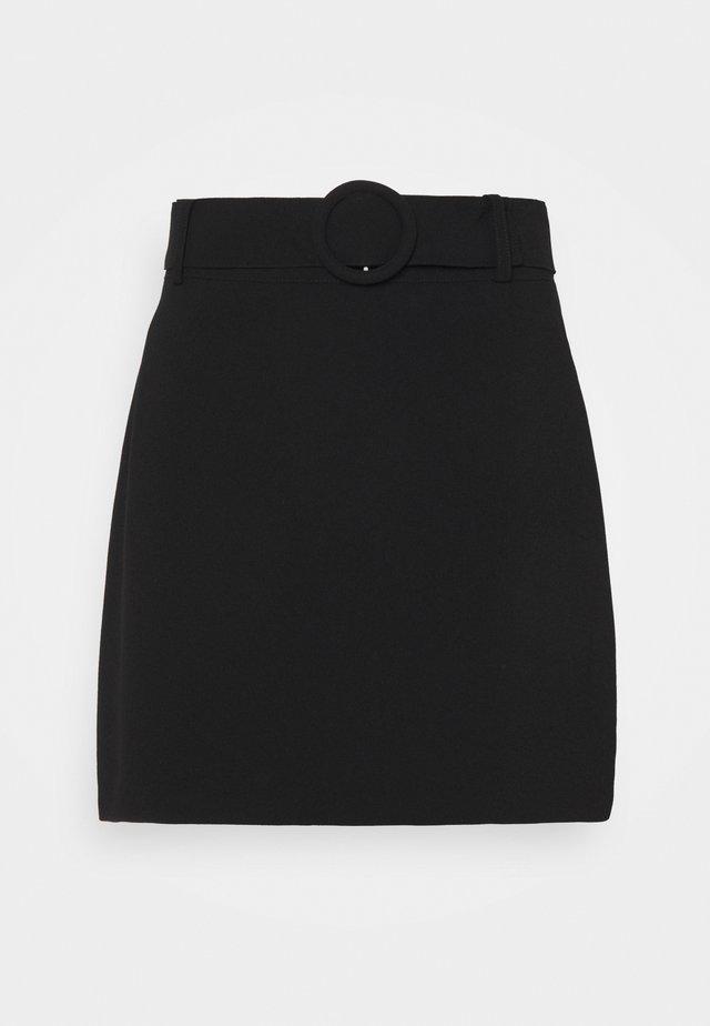 ANABELLE BELTED MINI SKIRT - Minisukně - black