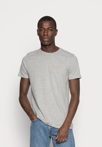 Abercrombie & Fitch - 3 PACK - T-shirt basic - blue/white/grey - 4