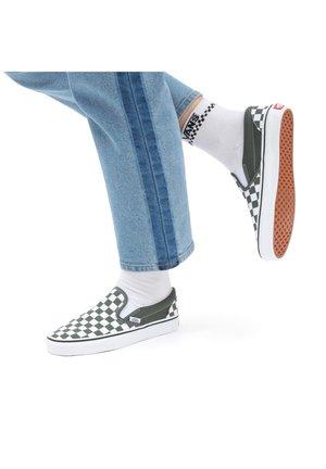 UA CLASSIC SLIP-ON - Scarpe senza lacci - checkerboard thyme/trwht