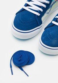 Vans - UY VANS X SPONGEBOB SK8-HI ZIP UNISEX - High-top trainers - dark blue/multicolor - 5