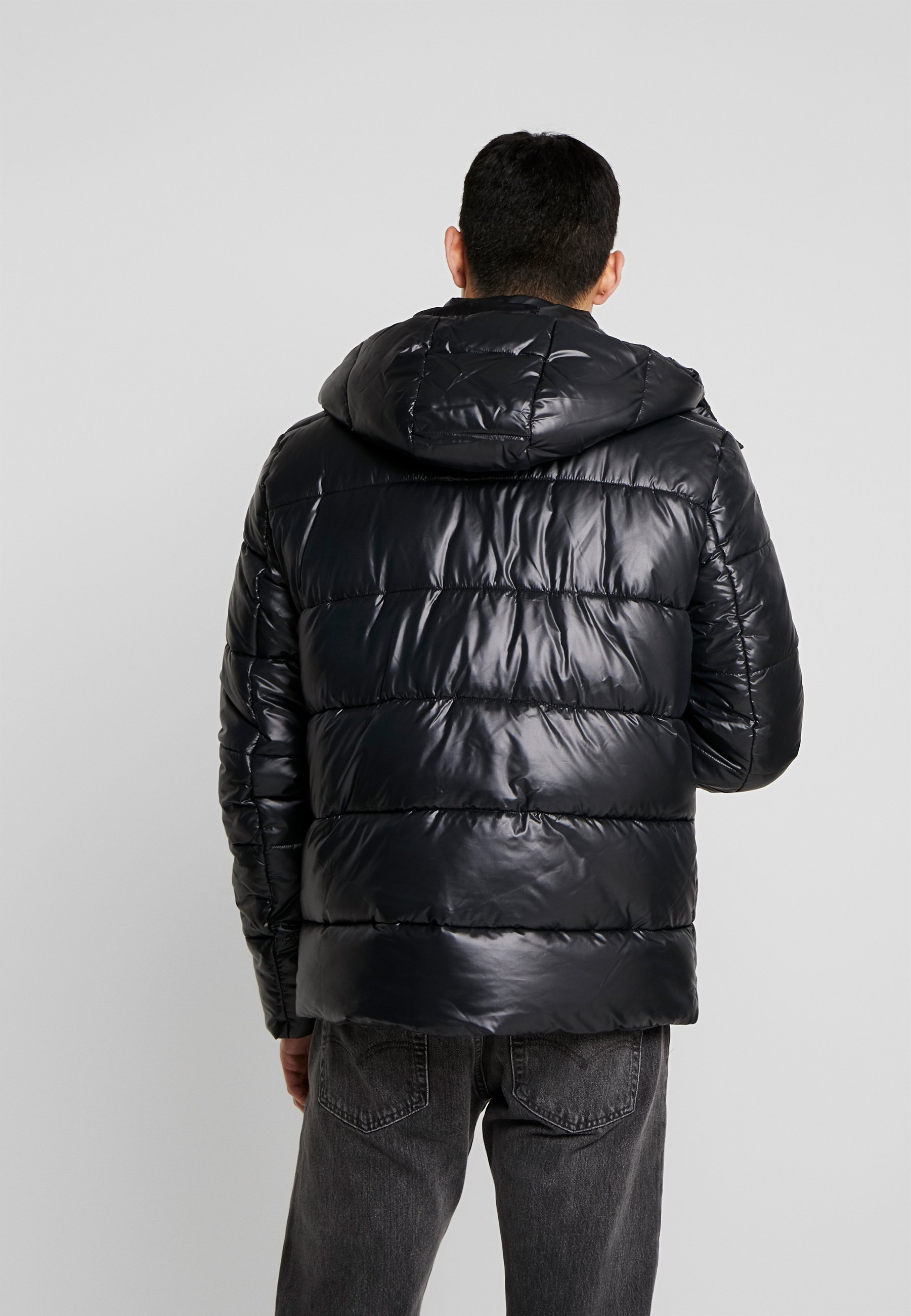 2020 Discount New Arrival Men's Clothing Urban Classics HOODED VANISH PUFFER JACKET Winter jacket black VjaHsqPAC 2ShoCi7za