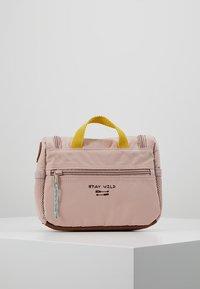 Lässig - MINI WASHBAG ADVENTURE KULTURBEUTEL - Handbag - rosa - 3