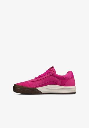 Baskets basses - pink suede