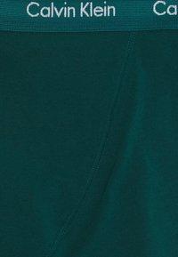 Calvin Klein Underwear - TRUNK 3 PACK - Pants - maya blue/direct green/aqua luster - 10