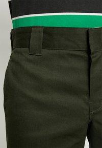 Dickies - 873 SLIM STRAIGHT WORK PANT - Trousers - olive green - 5