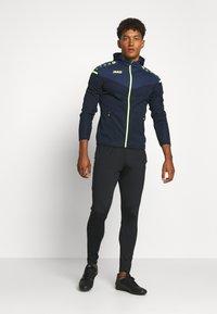 JAKO - CHAMP - Training jacket - marine/blue/neongelb - 1