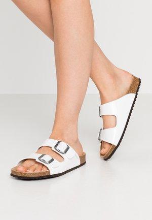 BRIONIA - Slippers - white