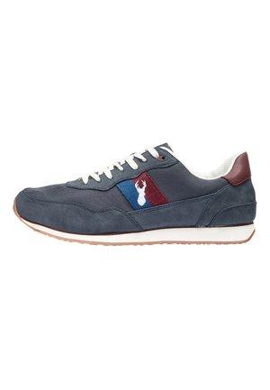 NAVY RETRO RUNNER TRAINERS - Sneakersy niskie - blue