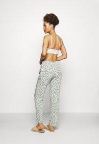Triumph - MIX & MATCH TROUSERS  - Pyjamasbukse - sage green - 2