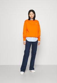 Polo Ralph Lauren - LONG SLEEVE - Bluza - fiesta orange - 1