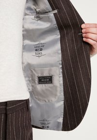 Shelby & Sons - HYTHE SUIT - Traje - brown - 10