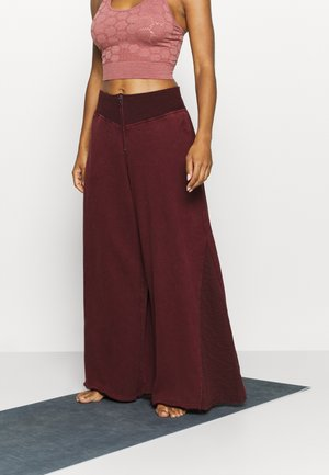SOLID BORDERLINE WIDE LEG - Pantalon de survêtement - wine