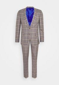 GENTS TAILORED FIT BUTTON SUIT - Suit - beige