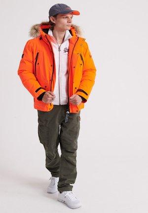 Chaqueta de plumas - hazard orange