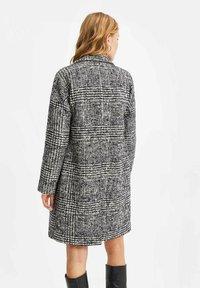 WE Fashion - Klassisk frakke - multi-coloured - 2