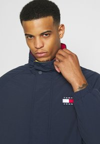 Tommy Jeans - RETRO - Light jacket - twilight navy - 4