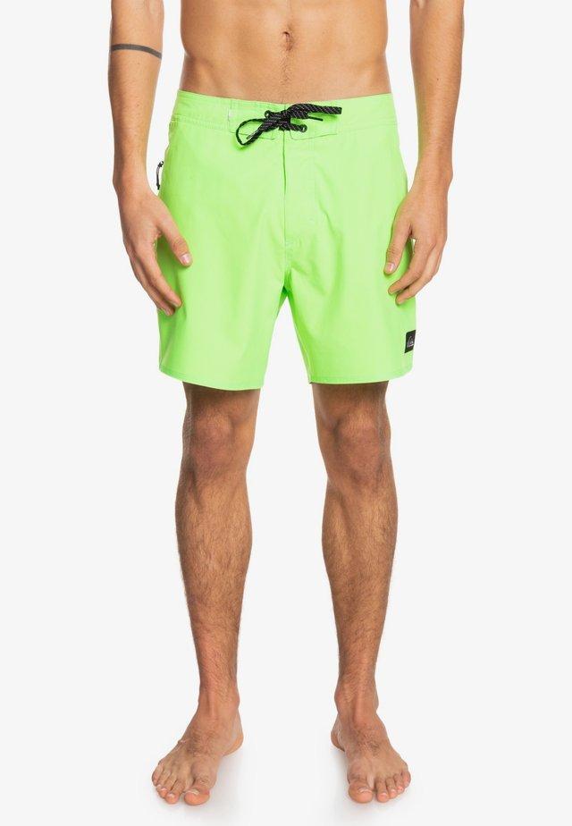SURFSILK KAIMANA  - Swimming shorts - green gecko