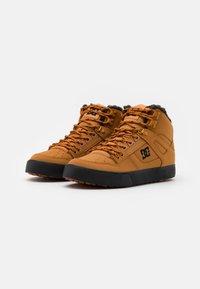 DC Shoes - Zapatillas skate - wheat/black - 1