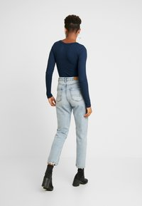 American Eagle - CURVY MOM JEAN - Jeans relaxed fit - cool classic - 2