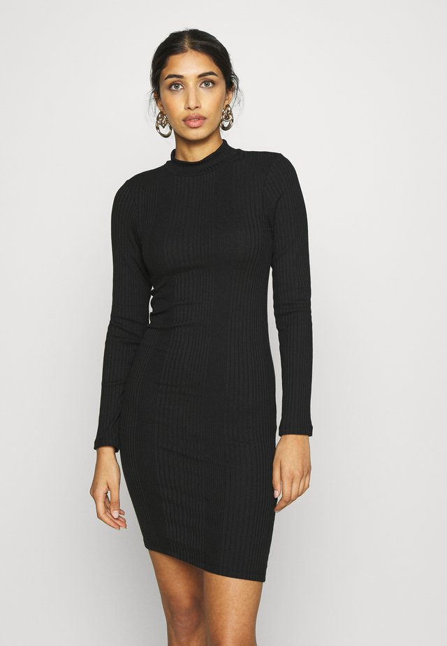 PCSADINE SLIM DRESS - Kjole - black
