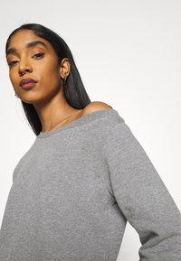 Even&Odd - Off Shoulder Sweat & Jogger Set - Sweatshirt - mottled grey - 4