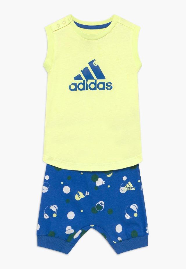 SET  - Sportovní kraťasy - yellow/blue