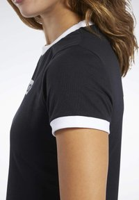 Reebok - TRAINING ESSENTIALS LINEAR LOGO TEE - Print T-shirt - black - 4