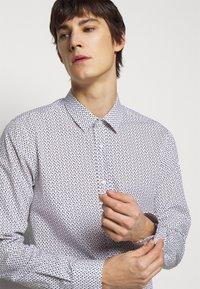 HUGO - ELISHA - Formal shirt - black - 3