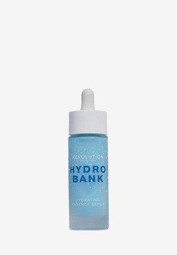 HYDRO BANK HYDRATING ESSENCE SERUM - Serum - -