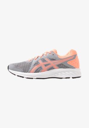 JOLT 2 - Neutral running shoes - sheet rock/sun coral