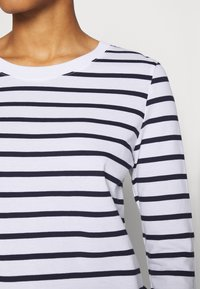 Selected Femme - SLFSTANDARD NEW TEE - Long sleeved top - maritime blue/bright white - 4