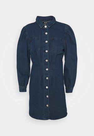 CINCHED WAIST SHIRT DRESS - Dongerikjole - deep blue