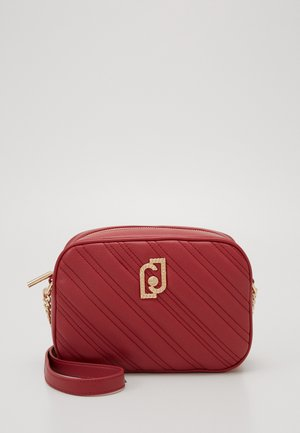 CROSSBODY CILIEGIA - Across body bag - red