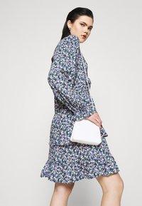 Pieces - PCSASSI DRESS - Day dress - lilac - 3
