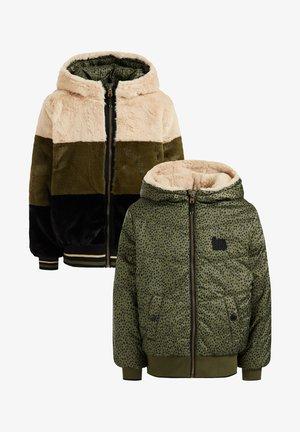 Light jacket - moss green
