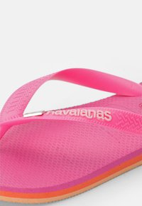 Havaianas - BRASIL LAYERS - Pool shoes - pink flux - 2