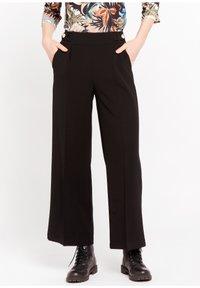 LolaLiza - P-MONALY - Trousers - black - 0