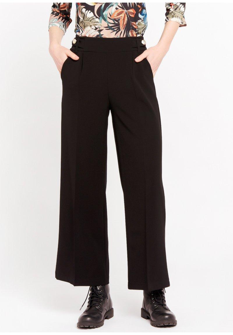 LolaLiza - P-MONALY - Trousers - black