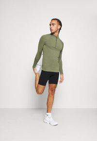 NU-IN - HALF ZIP LONG SLEEVE  - Long sleeved top - khaki - 1