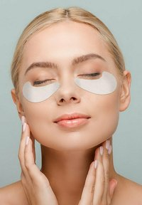 GIVE BACK Cosmetics - HYALURON EYE PADS ALGEN-EXTRAKT – 3ER PACK- SPENDE: TIERSCHUTZ - Eyecare - - - 3