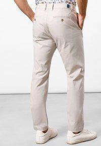 Pierre Cardin - LYON - Chinos - light beige - 2
