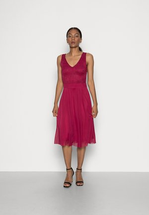 LACE V NECK OCCASION DRESS PURPLE POTION - Cocktailkjole - red