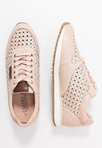 Carmela - Sneakersy niskie - nude - 3