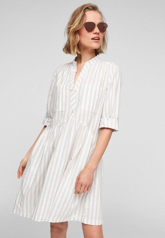 Freizeitkleid - beige stripes