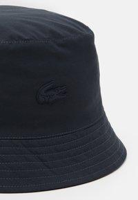 Lacoste - CASQUETTE UNISEX - Hat - graphite/marine - 3