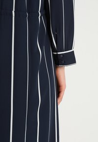 Selected Femme - SFDAMINA 7/8 DRESS  - Shirt dress - dark sapphire - 5