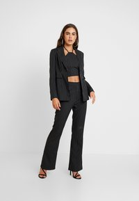 4th & Reckless - MARIANNA TROUSER - Kangashousut - black - 2